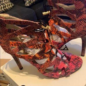 Aldo heels a size 8